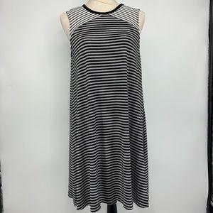 Gap black and white stripe shift dress large